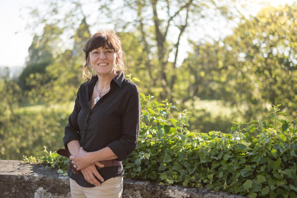 Bura Team Sandra Bonfils Bura AG – Schürfraupen / Erdbewegungen Murten Ins Schweiz